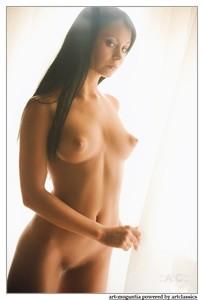 http://img101.imagetwist.com/th/05026/oelv11wbudj1.jpg
